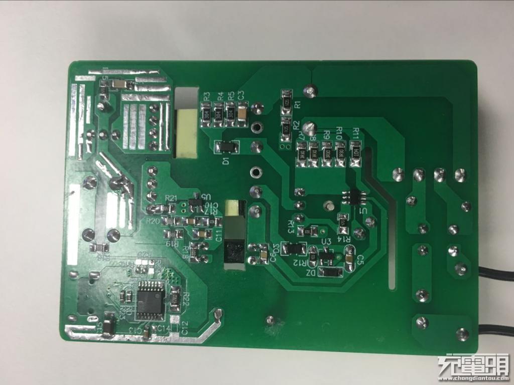 富满推出45W快充协议芯片:支持USB PD3.0-充电头网