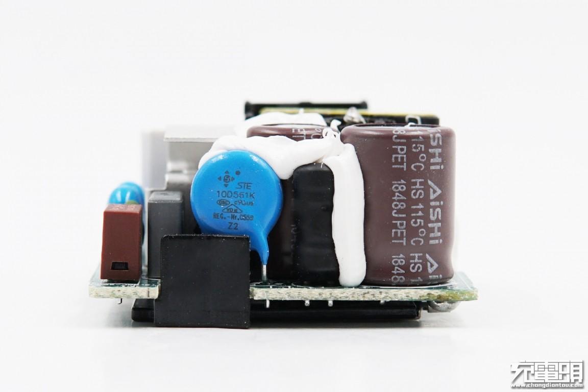 拆解报告:小米9手机27W原装充电器MDY-10-EH