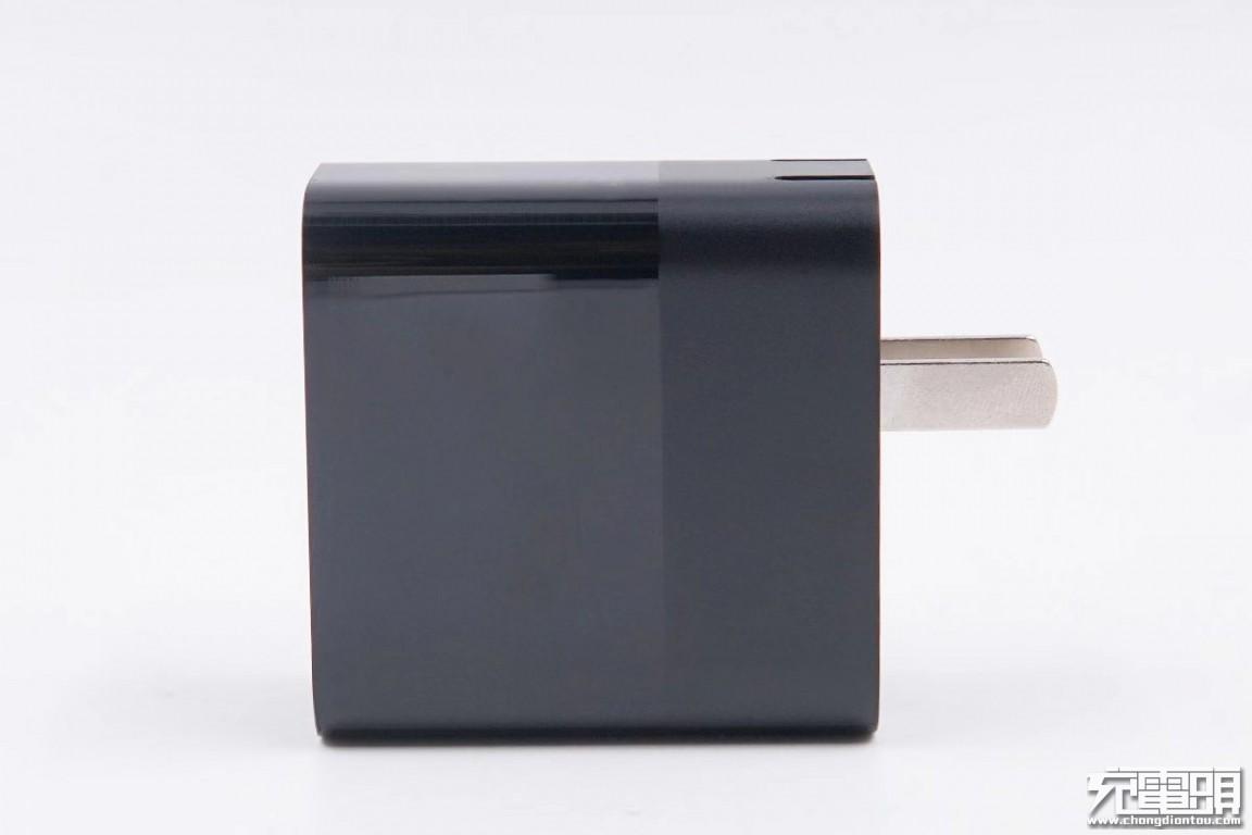 拆解报告:紫米65W USB PD迷你充电器-充电头网