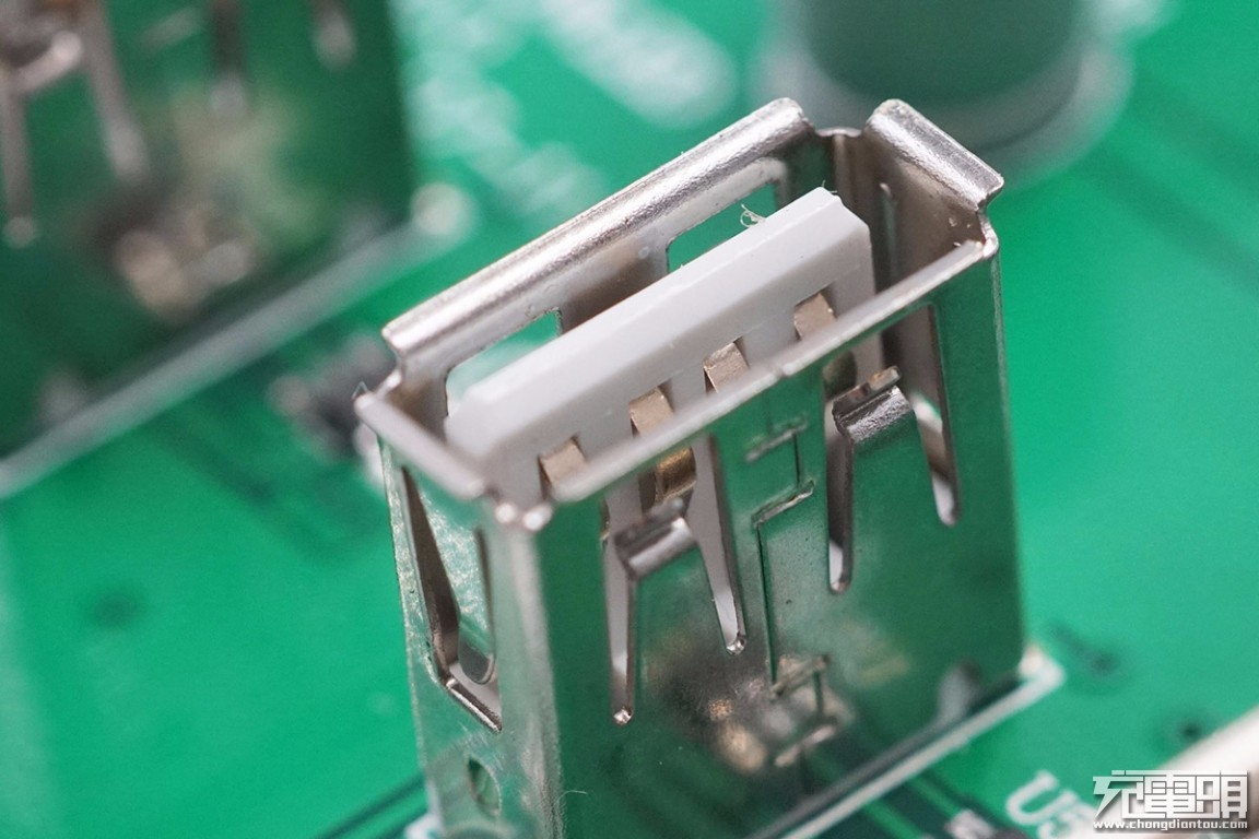 拆解报告:SABRENT 100W 8口PD快充充电器AX-ADPD-充电头网