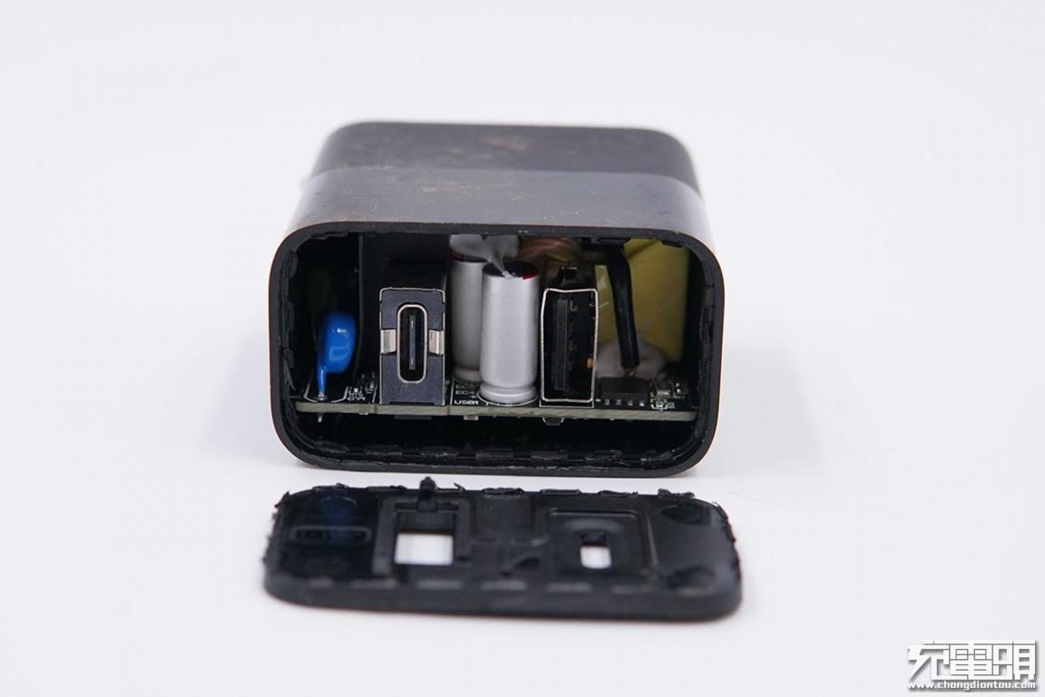 拆解报告:ZMI紫米30W 1A1C USB PD快充充电器HA722-充电头网