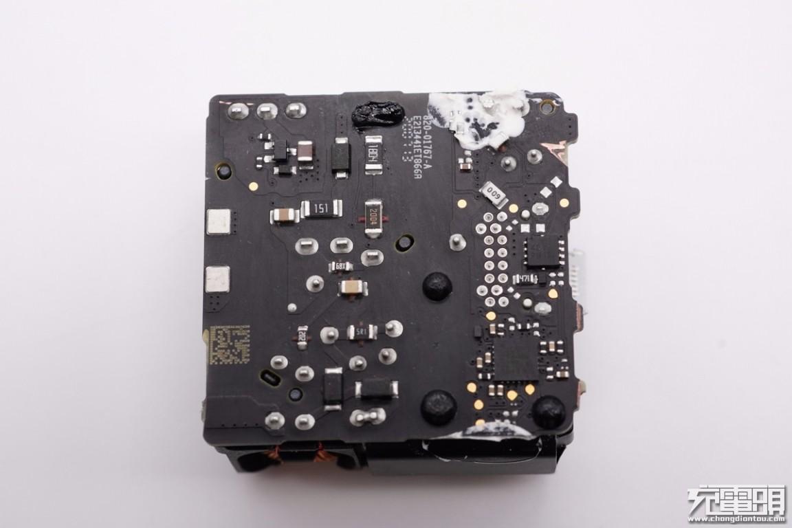 苹果原装20W PD快充拆解插图19