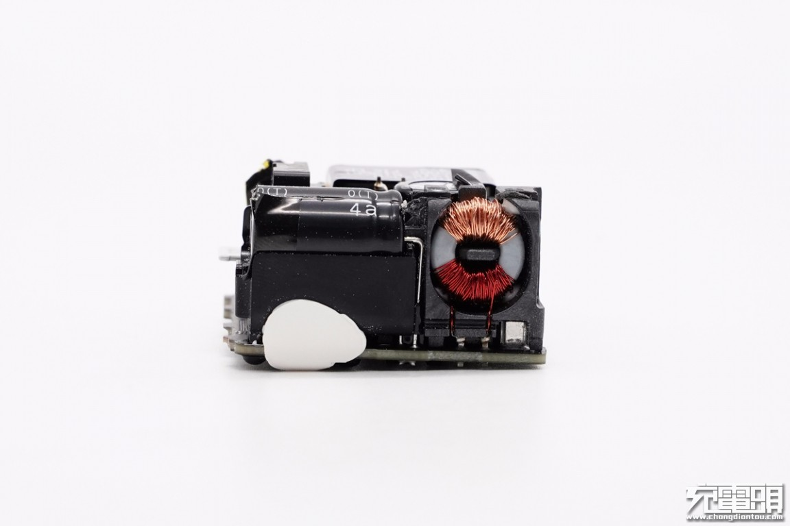 苹果原装20W PD快充拆解插图21