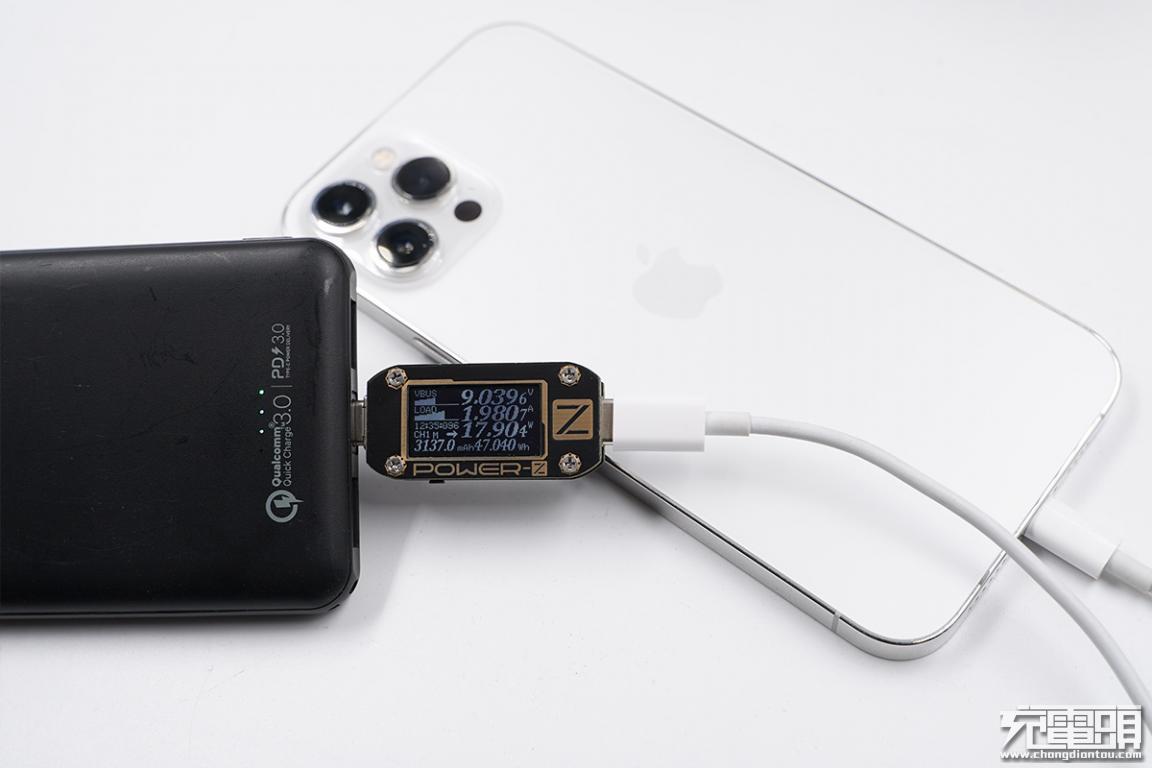 为iPhone 12 Pro Max重度用户我们测试了46款10000mAh充电宝-充电头网