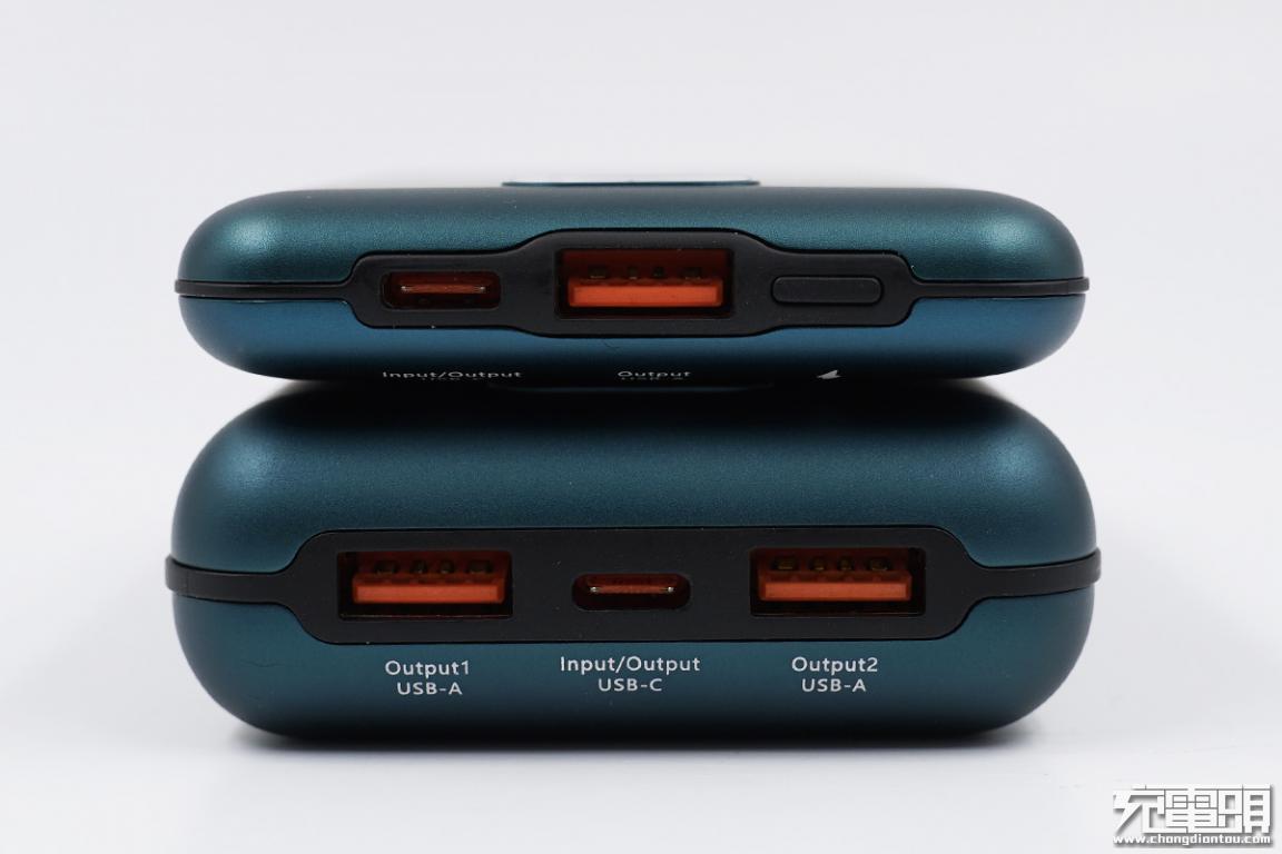 只有硬币一半的厚度,支持双向快充,台电X10/20 Pro充电宝评测-充电头网