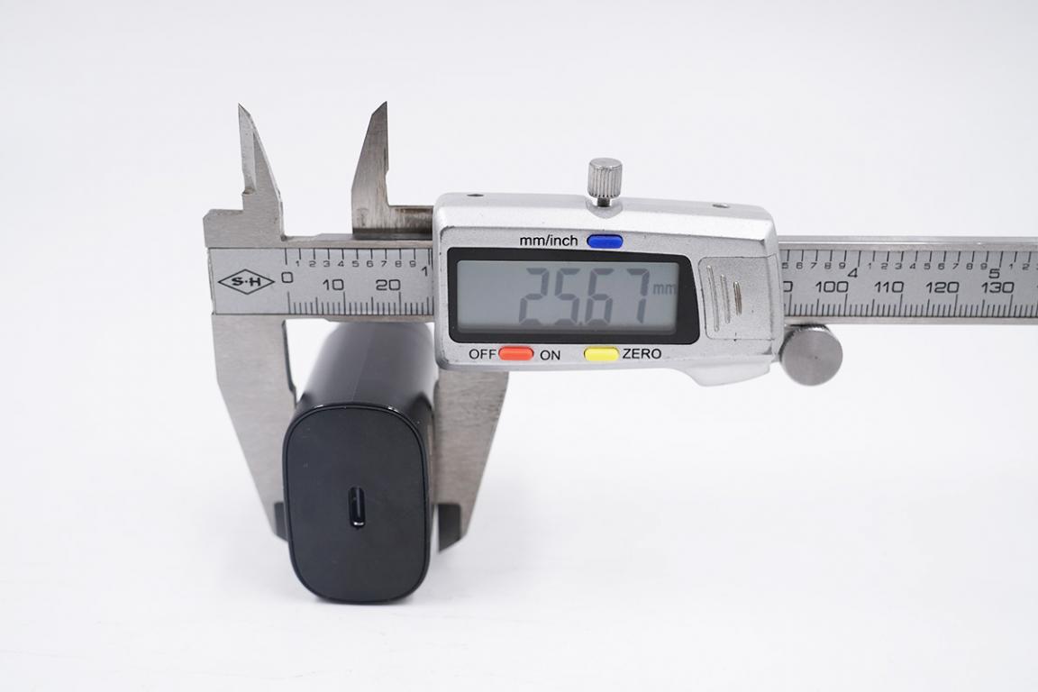 安卓机皇中的独苗,唯一一款标配充电器的三星S21充电评测-充电头网