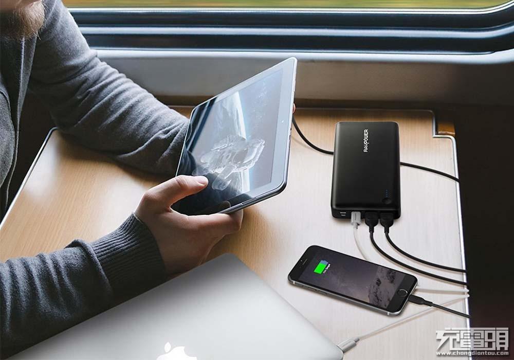 RAVPower推出26800mAh PD移动电源 支持双向30W快充-充电头网