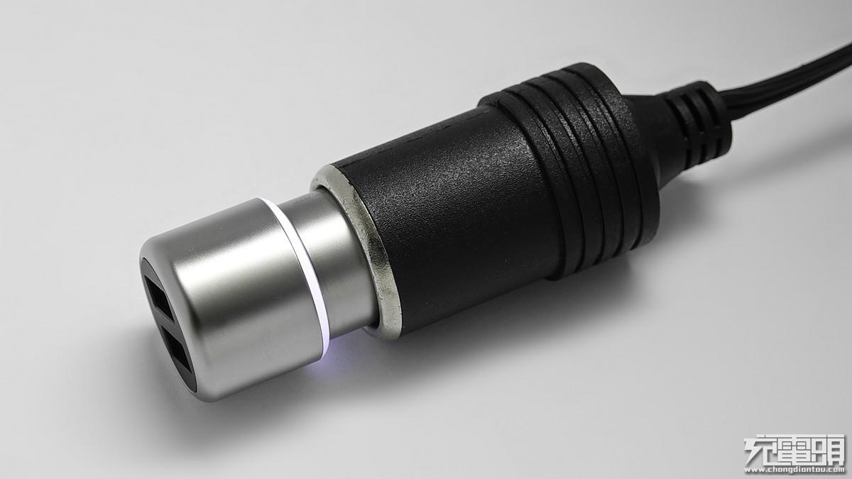 紫米双口QC3.0金属车充体验 双口QC3.0的猛兽-充电头网