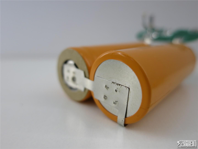 电池受难记  RAVPower相机电池与冰箱的故事-充电头网