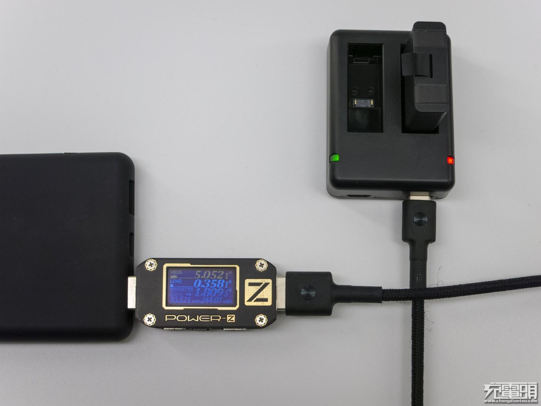RAVPower GoPro HERO 5电池充电器套装评测-充电头网