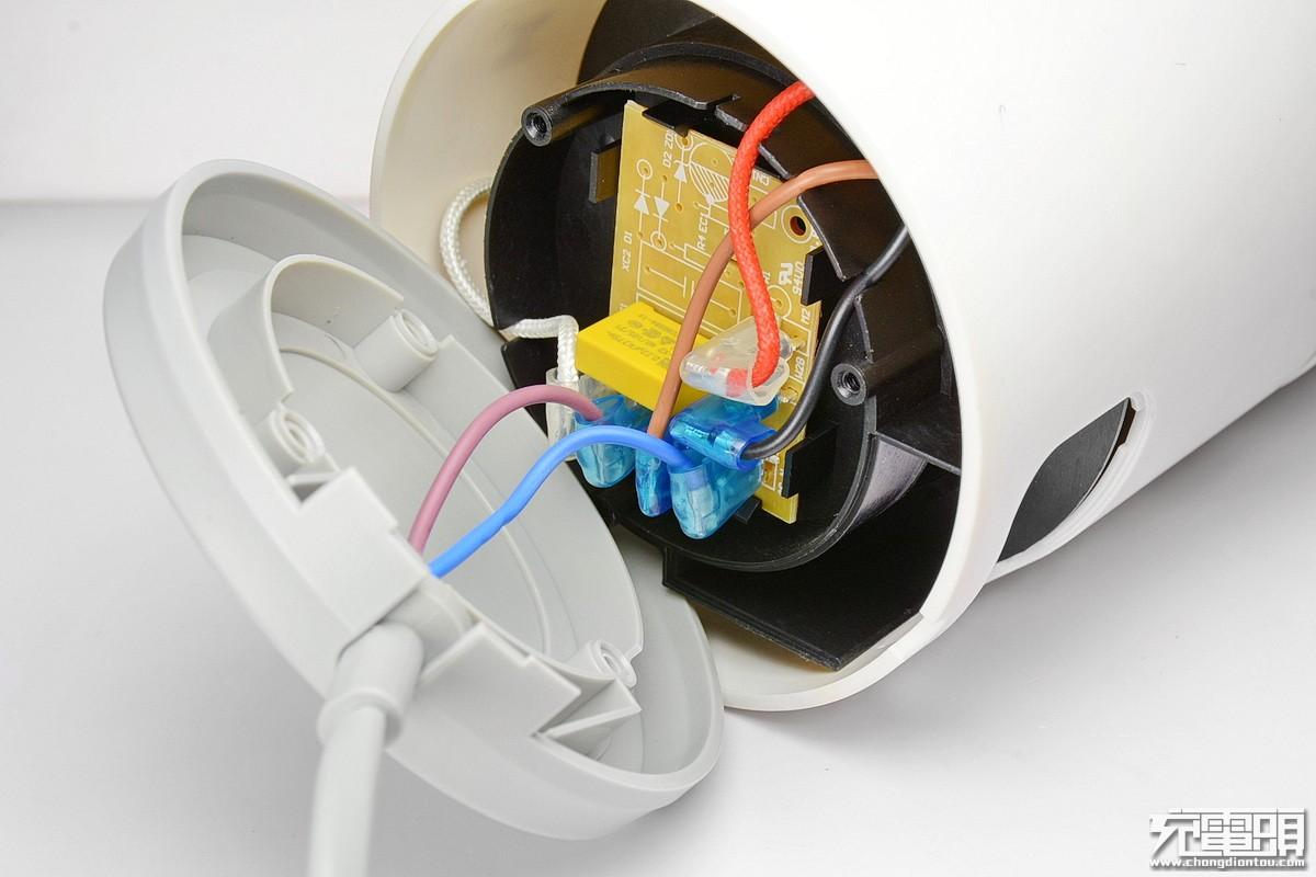 品罗小怪兽全网首拆:年轻人的第一台破壁料理机-充电头网