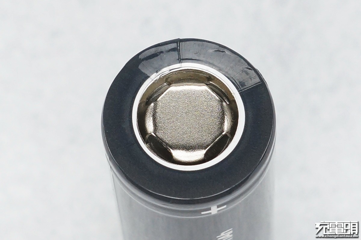 真正国产动力电池测评: 耐时电池科技新品18650动力电池-充电头网