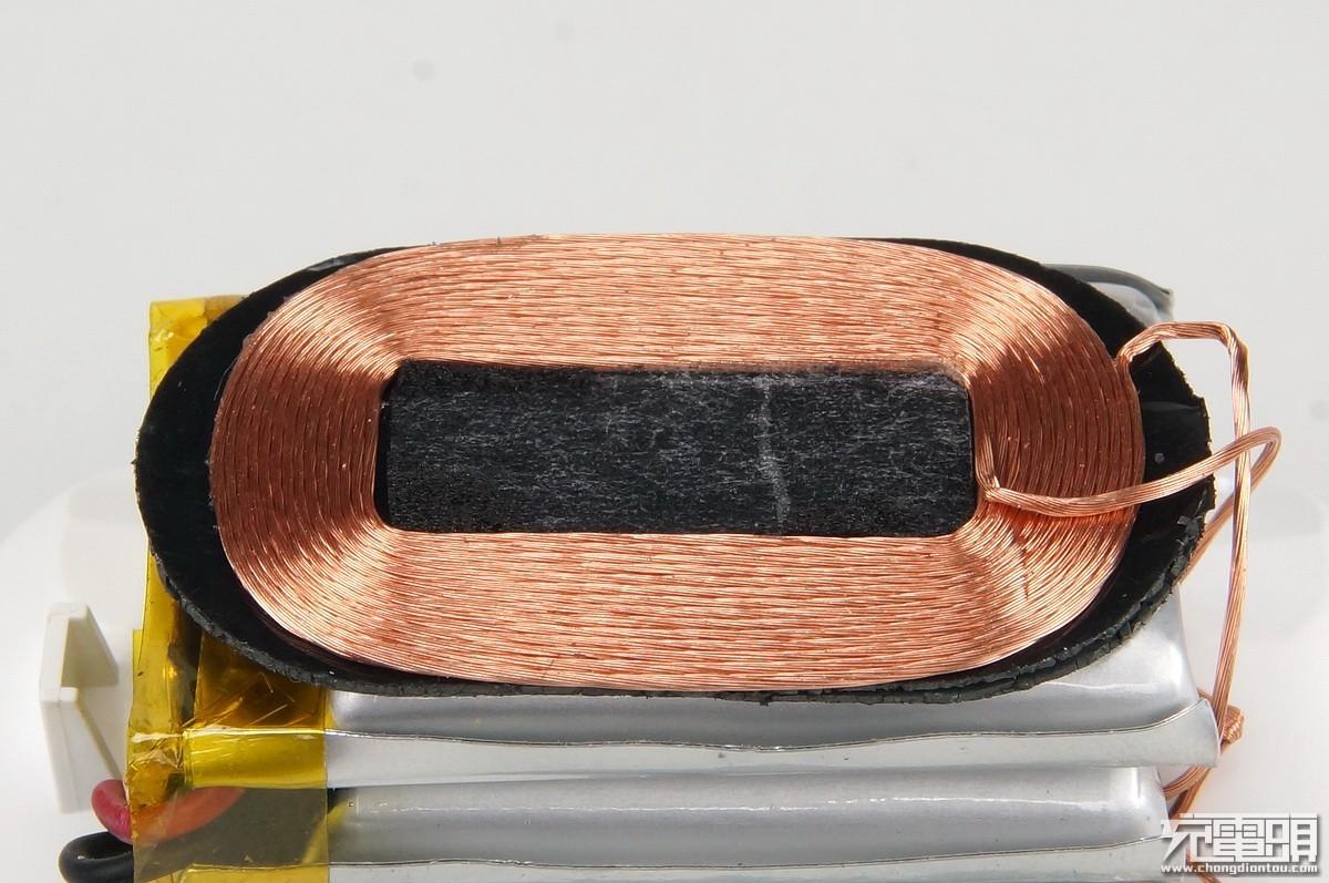 拆解报告:魅族POP真无线蓝牙运动耳机无线充电盒-充电头网