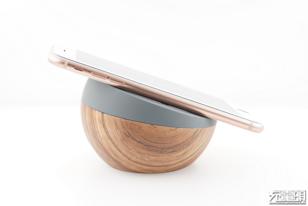 苹果推荐:TYLT teisty无线充(QITWSTWD-T)开箱拆解-充电头网