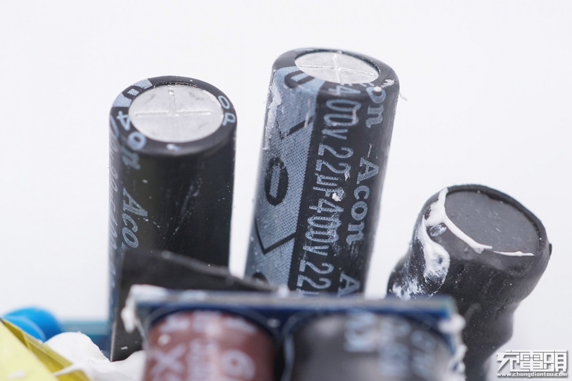 拆解报告:爱否开物1A2C 65W PD氮化镓充电器-充电头网
